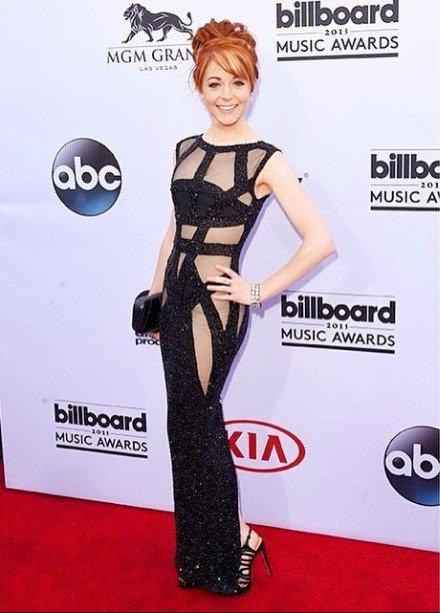 Lindsey-Stirling-Billboard-Dress-Modesty