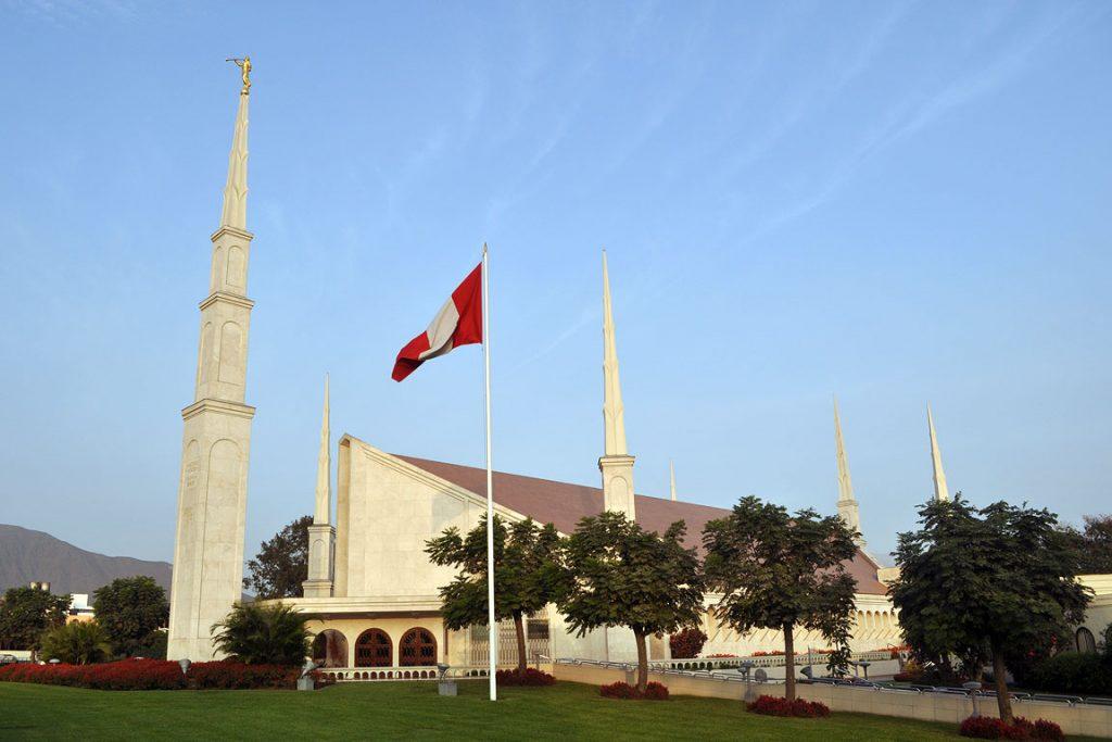 lima-mormon-temple7
