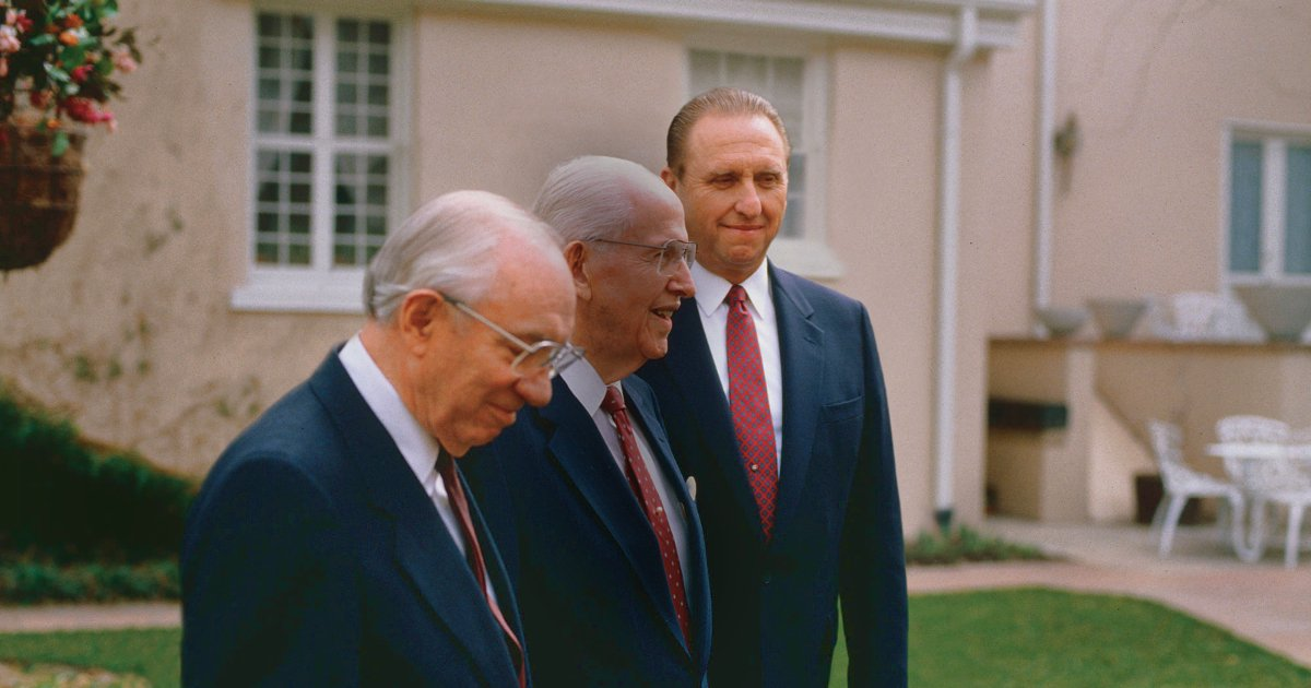 The Passing of Thomas S. Monson Is a Watershed Moment for Mormon Millennials